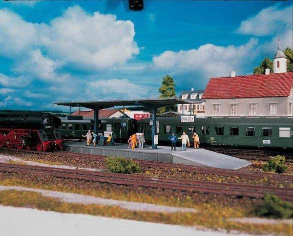 Piko Peron kolejowy