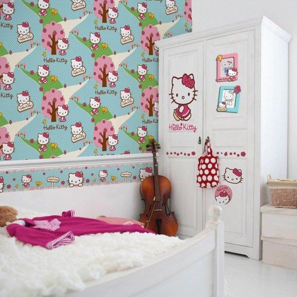 Tapeta Hello Kitty Woodland