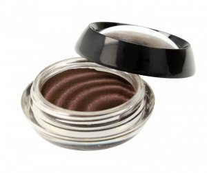 Makeup Revolution Magnetize Eyeshadow Cień do powiek magnetyczny Burgundy 1szt