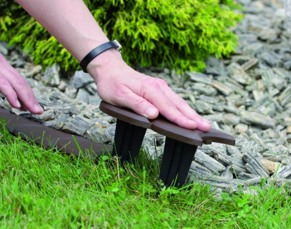 Palisade Rasenkante Beetumrandung 3,8m IPAK2 Braun
