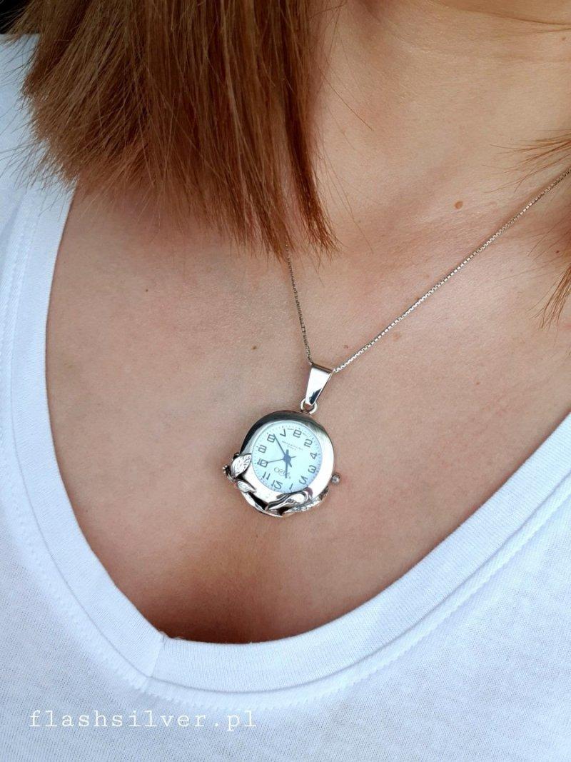 wiszący zegarek ze srebra