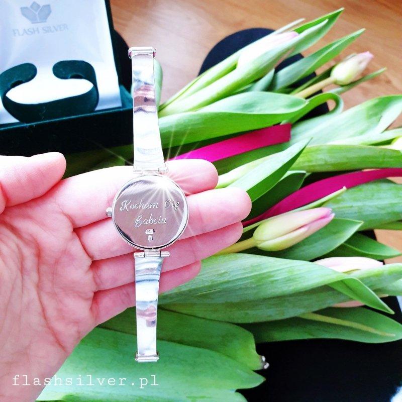 zegarek ze srebra grawer na zegarku