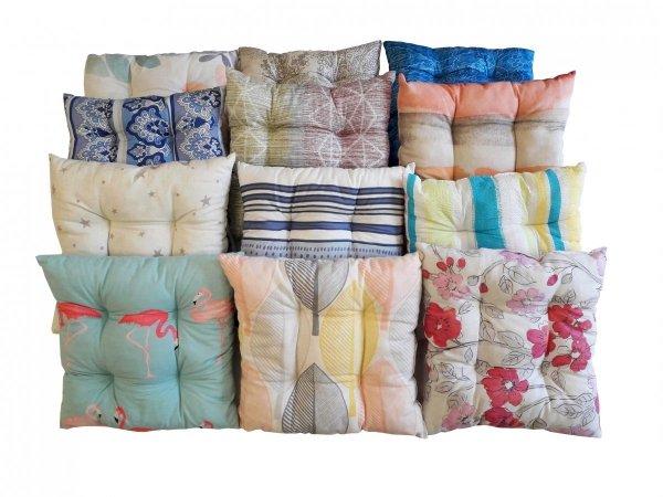 Poduszka pikowana - siedzisko 38x38 cm mix wzorów