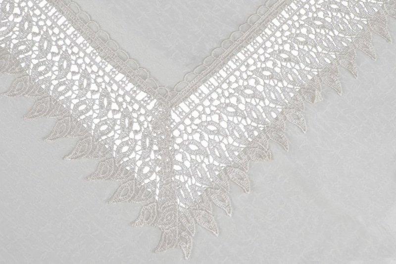 Obrus gipiurowy rozmiar 70x150 wzór krem (144)