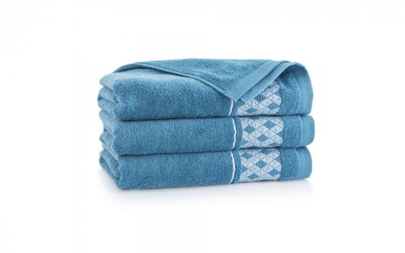 Ręcznik z bawełny egipskiej DRAGON 70x140 wz. niagara