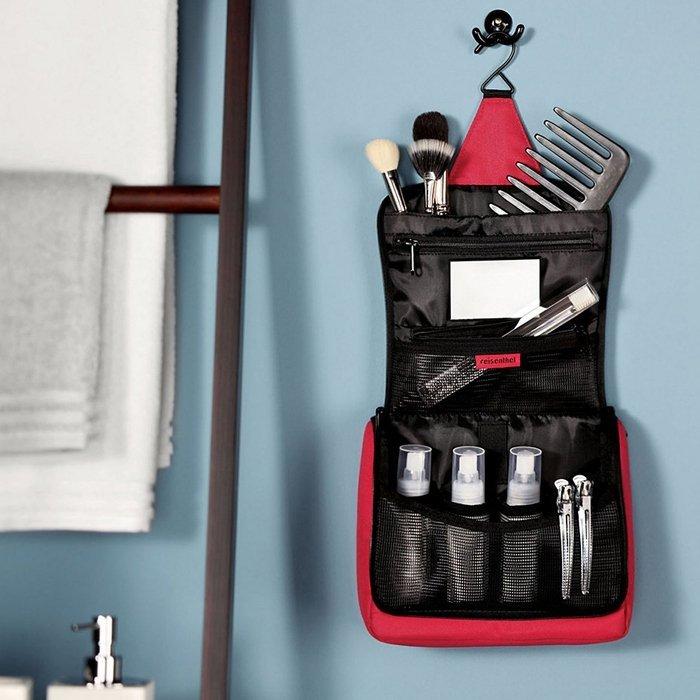 Kosmetyczka Toiletbag kolor Baroque Taupe, firmy Reisenthel