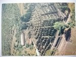 BOROBUDUR THE BIGGEST BUDDHIST TEMPLE IN CENTRAL JAVA, INDONESIA