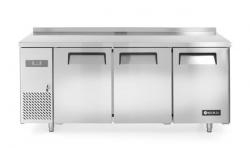 Stół chłodniczy Kitchen Line 3-drzwiowy z agregatem bocznym, linia 600 HENDI 233382 233382