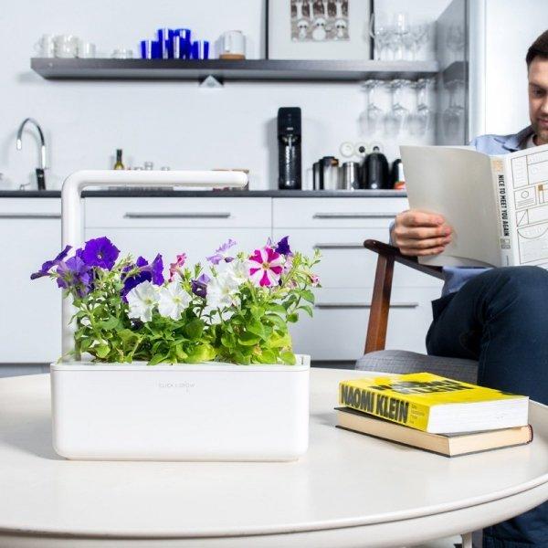 Piękne, inteligentne ogrody Clic kand Grow Smart Garden