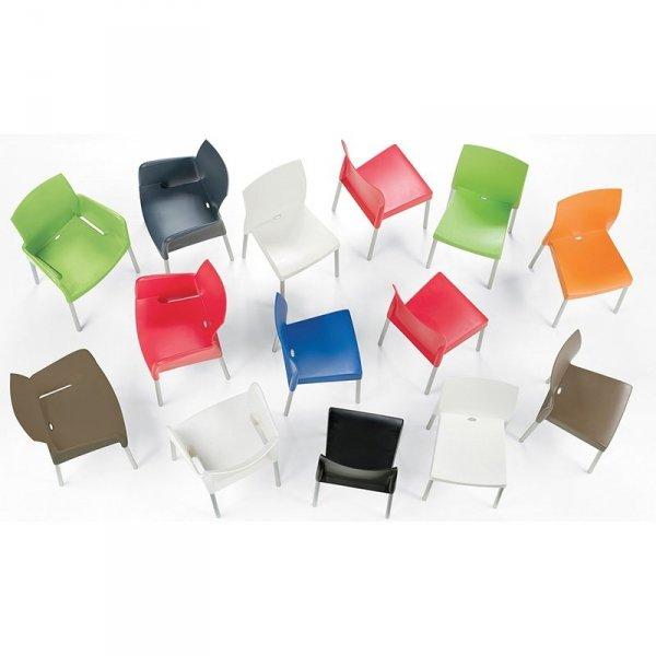 Kolorowe, designerskie krzesła Pedrali Ice 800
