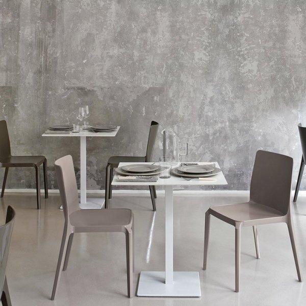 Stylowe meble do kawiarni i restauracji