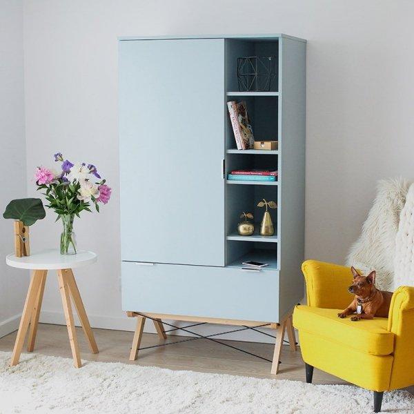 Stylowa szafa Basic Minko z otwartymi półkami oraz pojemną szufladą