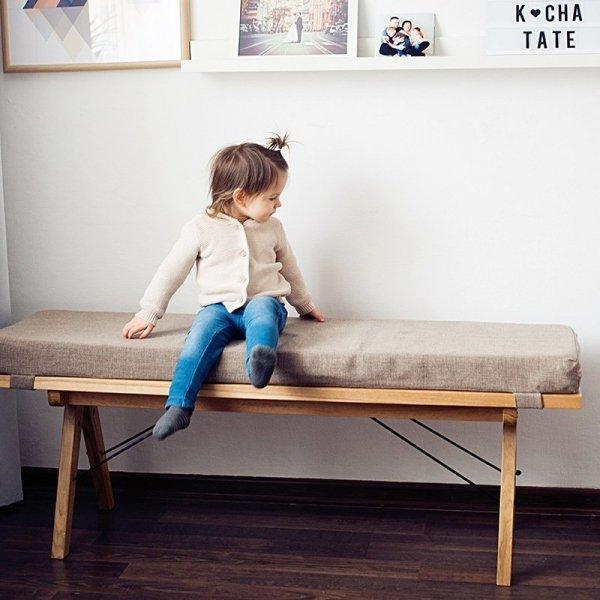 Ławka drewniana Woodie jest też idealnym meblem do przedpokoju