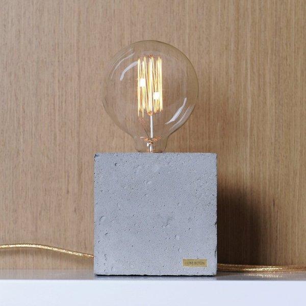 Unikalna lampa betonowa Edison Cube