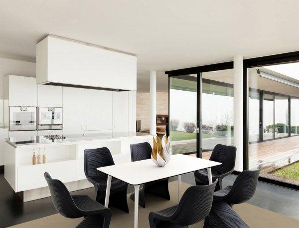 Designerskie Krzesło Bloom Siesta z tworzywa idealne na taras i do salonu i biura