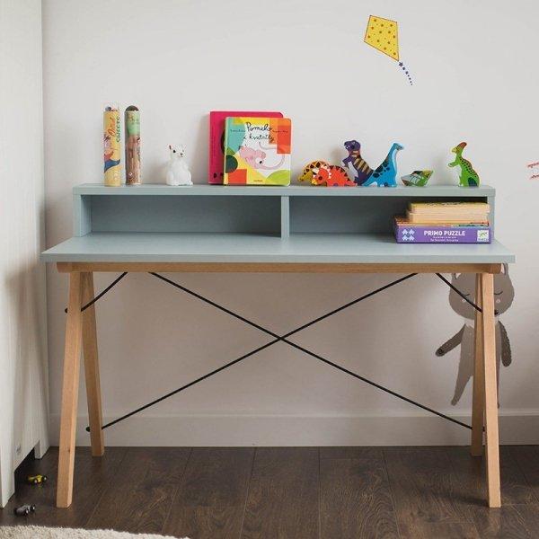Stylowe biurko dziecięce Minko z praktyczną nadstawką