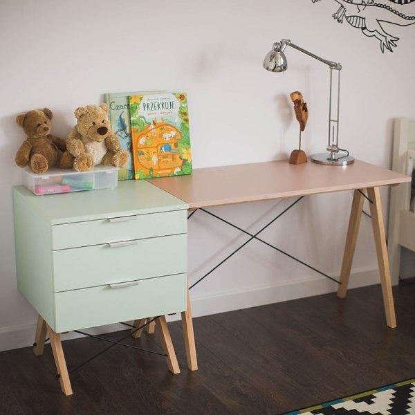 Kontenerek Basic Minko jest idealny w zestawieniu z biurkiem Basic