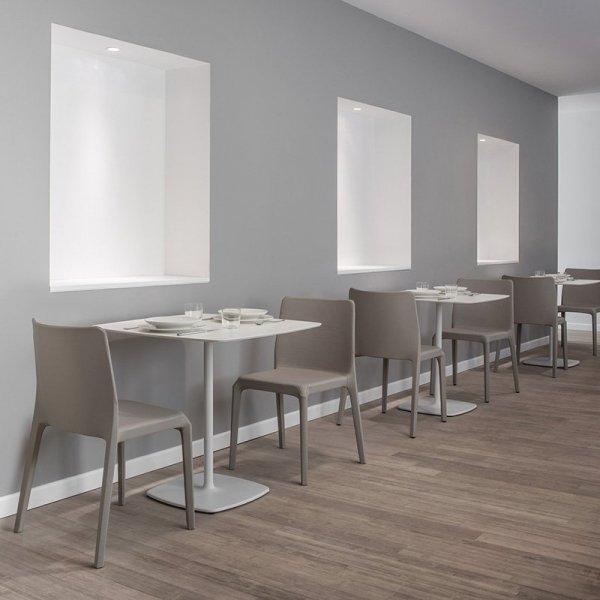 Stylowe krzesła do kawiarni tapicerowane Blitz 641 Pedrali