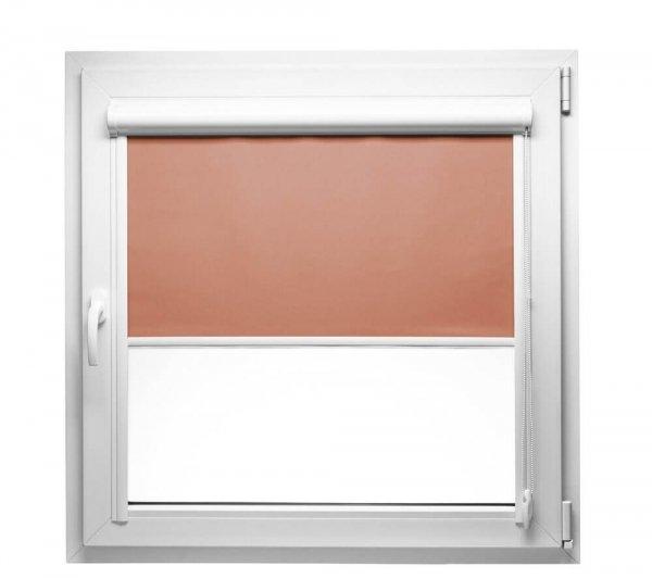 Rolety w kasecie PCV LUX mogą być montowane na oknach z płaskimi listwami