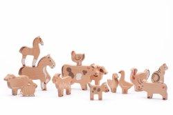 Bajo, farma, 14 drewnianych figurek