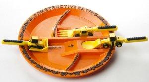 Constructive Eating, zestaw koparkowy: talerz + sztućce