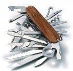 Victorinox Scyzoryk SwissChamp - oprawa drewniana 1.6794.69 GRAWER GRATIS