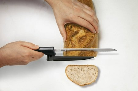 Nóż do chleba i mięsa z regulowanym ostrzem 5.1733.21