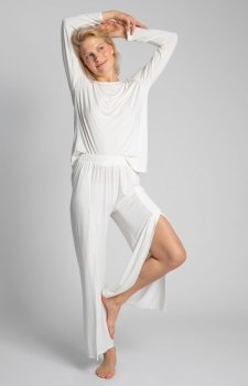 Szerokie spodnie ecru z rocięciami LA026