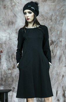 Kasia Miciak design czarna sukienka
