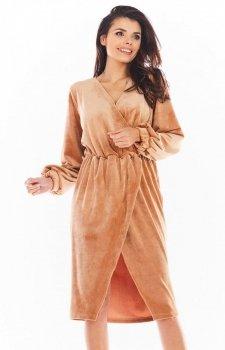 Welurowa sukienka kopertowa midi beżowa A406