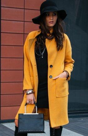Musztardowy płaszcz alpaka P011