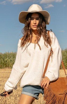 Fobya wełniany sweter w serek ecru F1058
