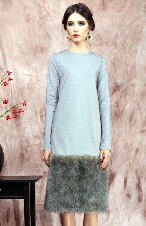 Kasia Miciak design zimowa z futrem sukienka szara