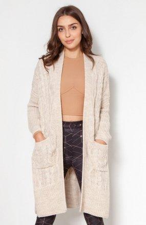 Swetrowy płaszcz z kieszeniami beżowy SWE139