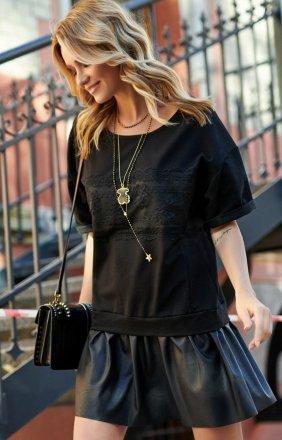 *Mini sukienka z eko-skórą M535