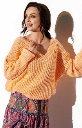 Oversizowy sweter z dekoltem morelowy LS292