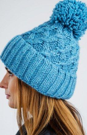 Ciepła niebieska czapka z pomponem CZ08