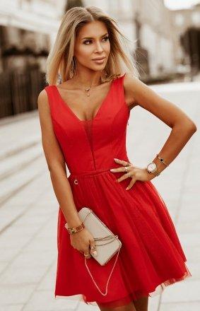 Elegancka czerwona błyszcząca sukienka 2228-02