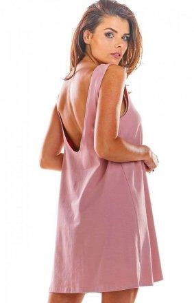 Luźna sukienka z dekoltem na plecach różowa M204