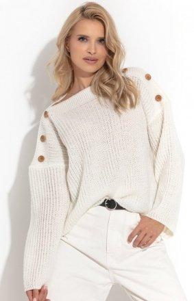 Oversizowy sweter z guziczkami ecru F1265
