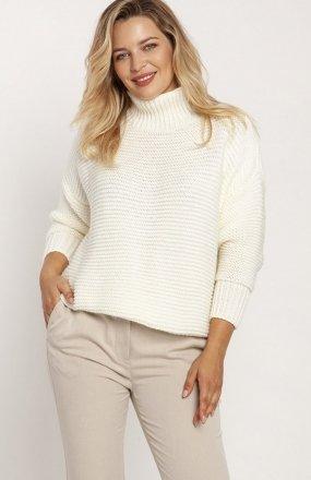 MKM SWE246 żebrowany sweter z golfem ecru