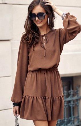 Modna brązowa sukienka z falbaną 0305