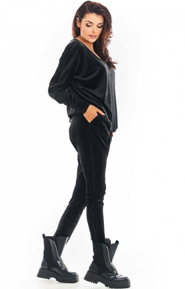 Welurowe spodnie czarne Awama A377-1