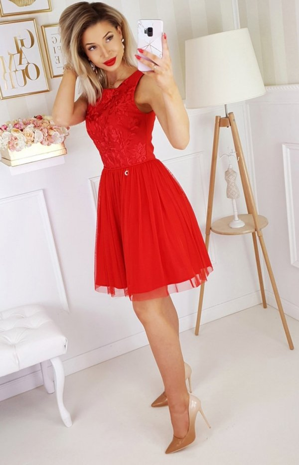 Czerwona sukienka z tiulem 2179-02-1