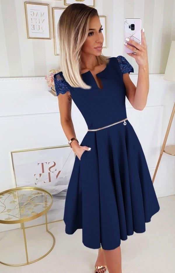 Koktajlowa sukienka midi granatowa 2212-01