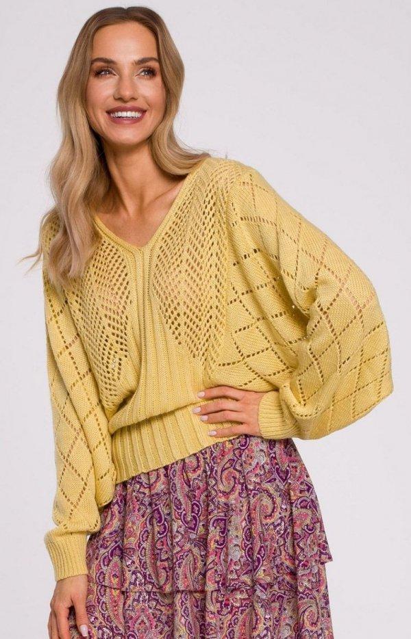 Lekki ażurowy sweterek M595