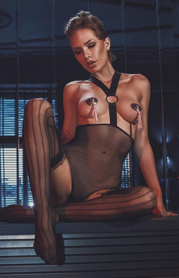 Erotyczne body Esterni-1