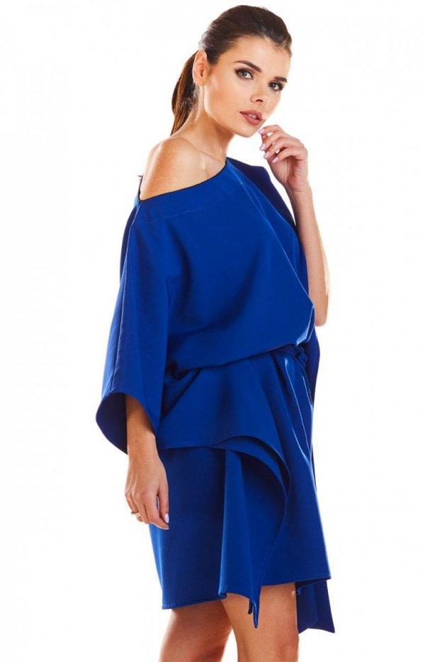 Kimonowa niebieska sukienka M1961