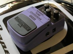 Behringer TO100 - lampowy overdrive