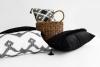 Czarno-białe poduszki dekoracyjne